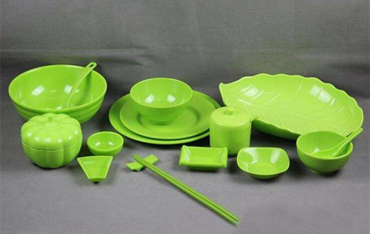 How to Make Single Color Melamine Crockery?